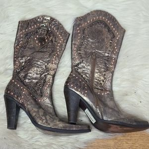 Steve Madden Luxe gold cowboy boots 10